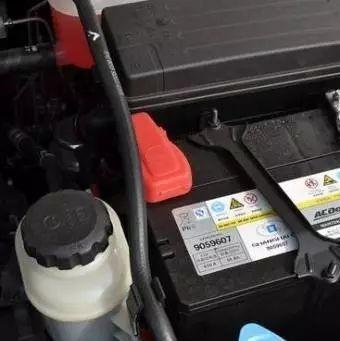 【保养】汽车<em>电瓶</em>亏电几次后需要更换吗?