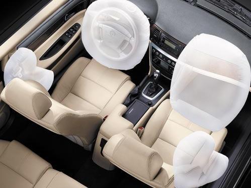 安全气囊用不好也能伤人?盘点那些最安全的汽车