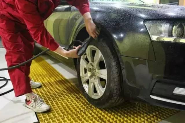 这些地方你不说,洗车工永远都不会洗!