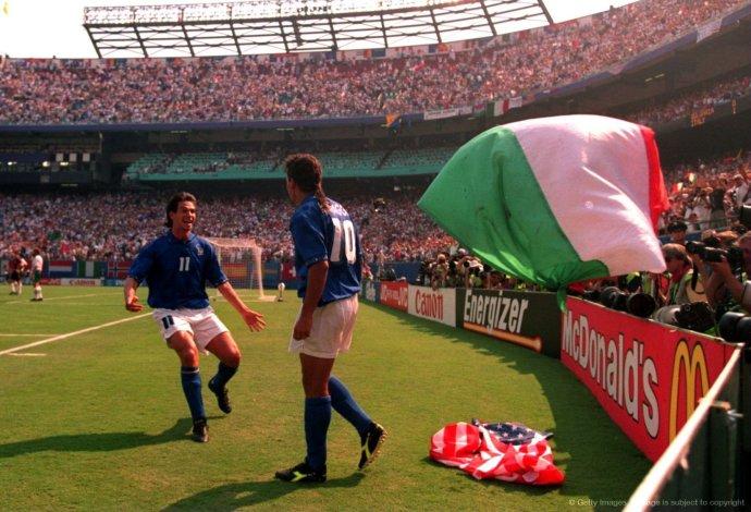 巴乔世界杯全记录之1994年半决赛 巴乔包办两