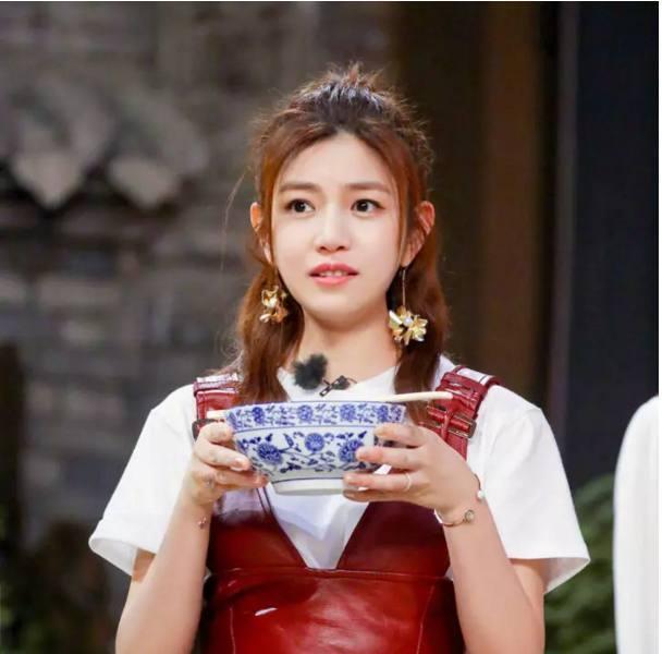 陈晓陈妍希头像_陈晓微信头像是这样的,撒的不是糖是刀?|陈妍希|头像
