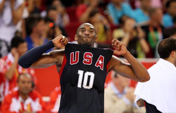 大家记得得科比在北京奥运这经典一幕吗?真的帅到翻天!