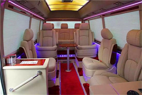 丰田考斯特商务车竞争优势有哪些改装案例解析