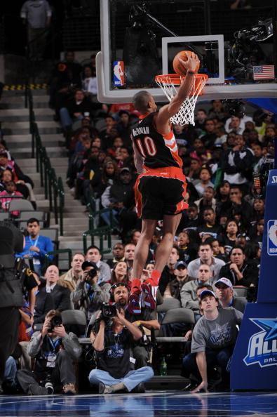 NBA现役五大弹跳王, 一人压制詹姆皇, 韦德魔兽兼上榜