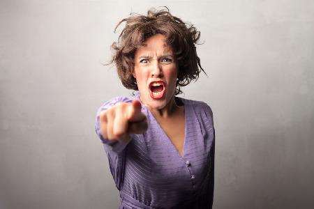 更年期的女人脾气急躁,多吃什么东西才能缓解?