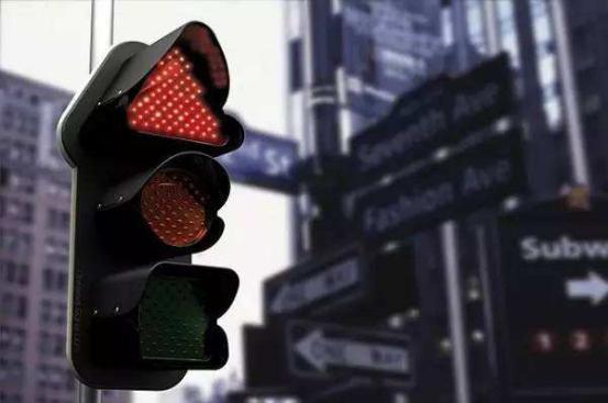 高速路上这四大困惑都解开了,你还怕成为不了老司机?
