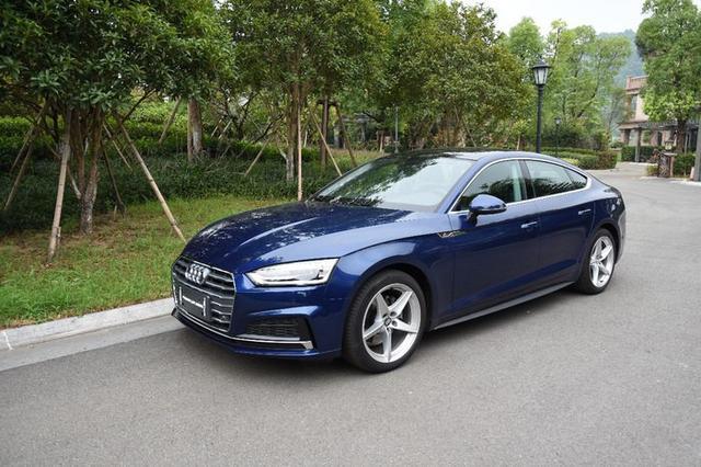 Audi A5斯科巴蓝 美丽赏析