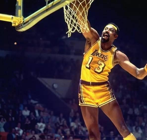 NBA十大被多队退役球衣的巨星,乔丹奥尼尔领衔