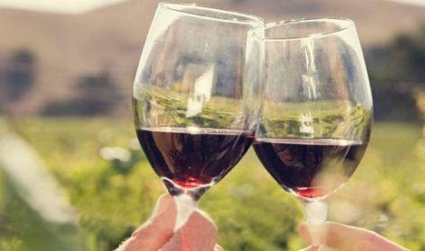 红酒配洋葱,专治高血压,用几个好几个!