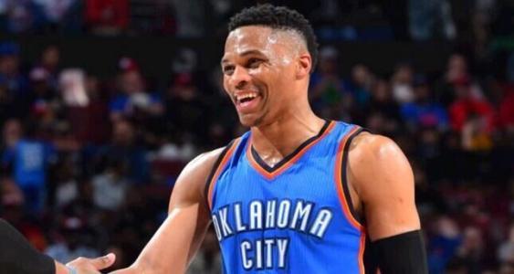 NBA现役300多位球员中,只有这几位拿过MVP,下赛季会是谁?