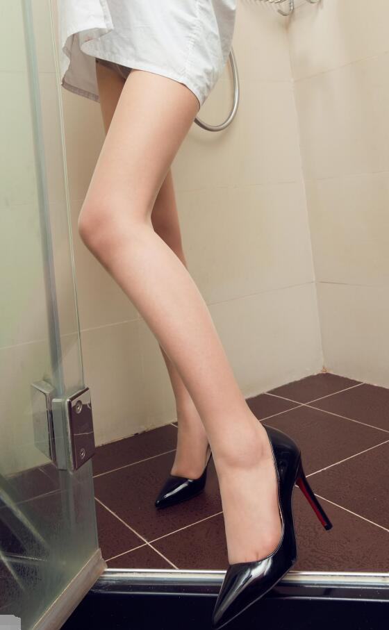 时尚美女高跟鞋三里屯拍美女街图片