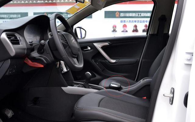 讲情怀,国内最大车企生产,曾月销过万如今8万起卖不过国产远景