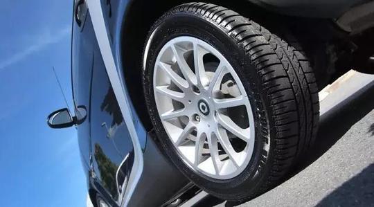 换季了,汽车轮胎要不要换?