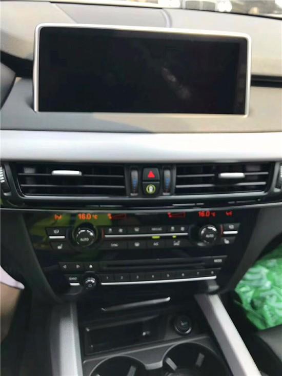17款宝马X5作为SUV界的领航者宝马X5强劲的动力