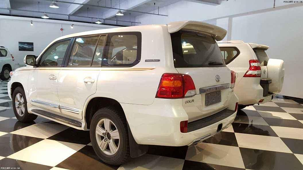 丰田推8座SUV, 可上7座牌照, 平行进口比途昂更霸道