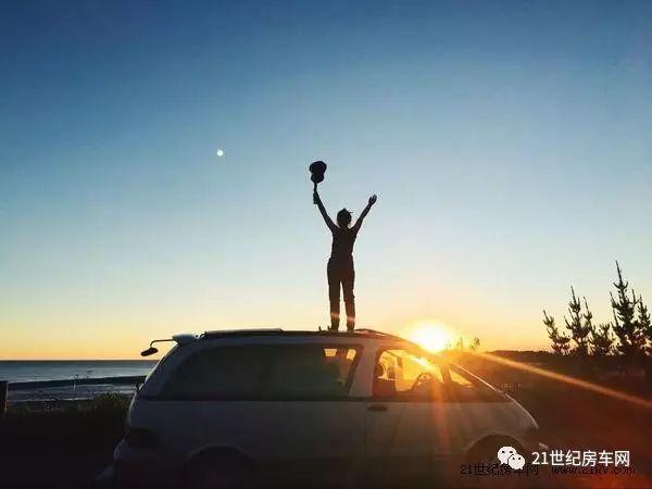 善待天马行空的想象 成都妹子自改房车游新西兰