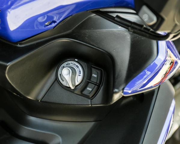 2017款雅马哈NVX 155\/Aerox 155 Movistar踏板