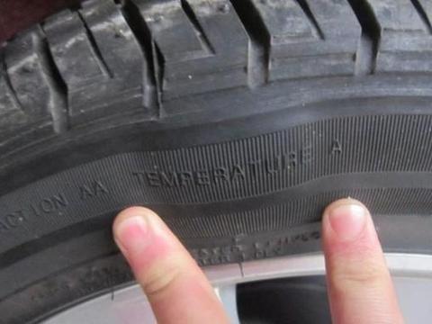 为什么轮胎<em>鼓</em>包大多都是在外侧,内侧很少<em>鼓</em>包