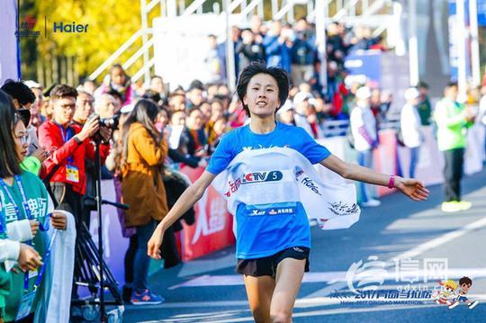 2017青岛马拉松圆满落幕 全球近2万名选手参赛