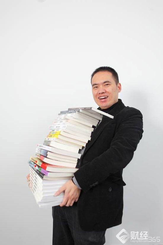 """阅文集团开启网文收费新时代 看""""程序猿""""创始人的华丽转身"""