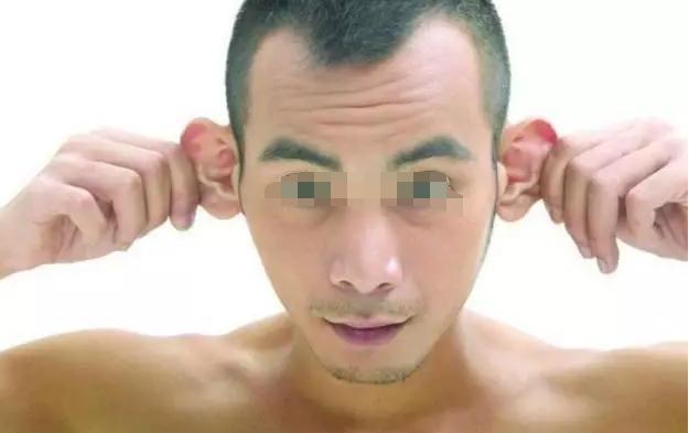 整張臉都在暗示你腎不好,再多1個癥狀腎壞無疑,補腎2招都嫌多