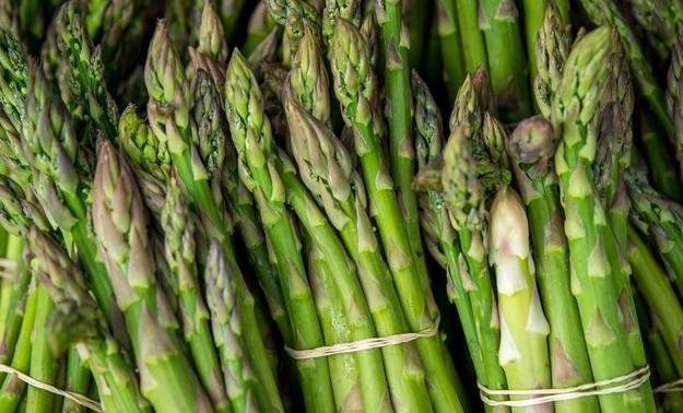这种蔬菜9块钱1斤,每天1顿能疏通血管,也能灭脑梗,少有人懂