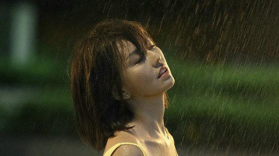 华语乐坛真正的天后孙燕姿, 新专辑一发就创华语乐坛女歌手纪录