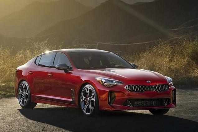 起亚推全新高性能轿车,而且还是后驱,搭2.0T+8AT,5.1秒破百!