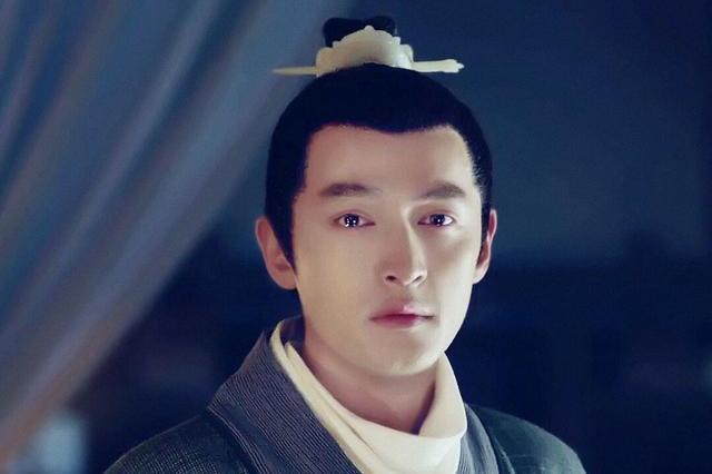 影视剧里的半束发虽不是古代男子的标准发型,张智尧却让人很惊艳图片