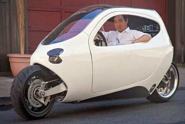 永远撞不倒的电动摩托,这个车一旦开卖谁还买