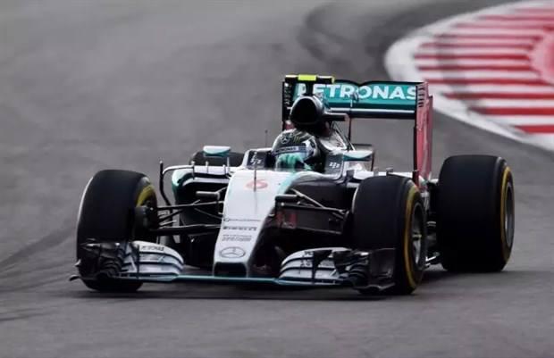 F1梅赛德斯车队在巴西遭遇持枪抢劫