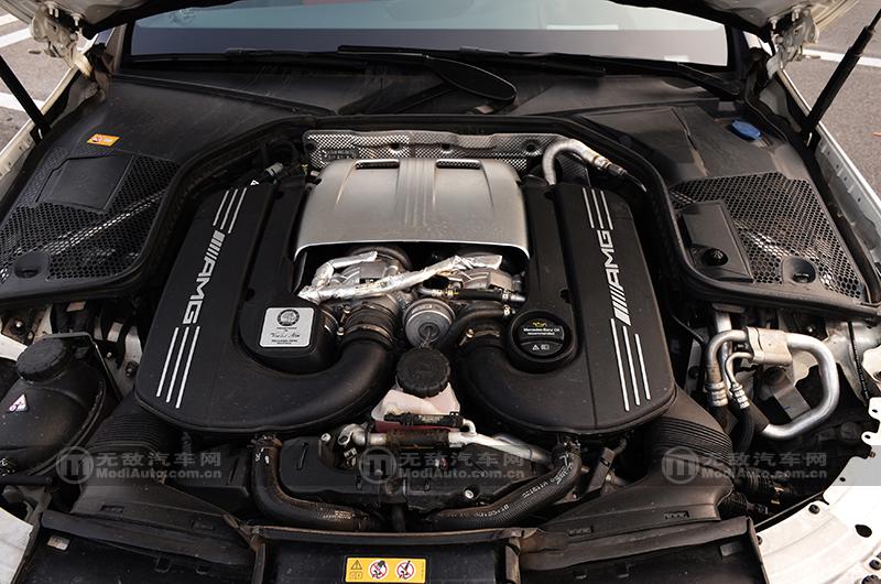 V8的咆哮 这是猛兽的喘息