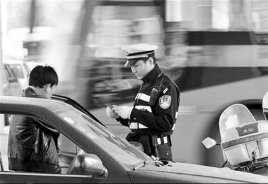 全国交通安全进入整治期 行车安全受重视