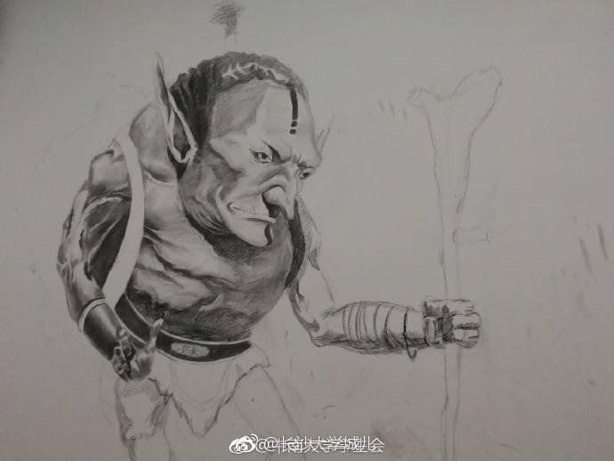 中南大学巧手绘涂鸦 停车场墙壁成风景线