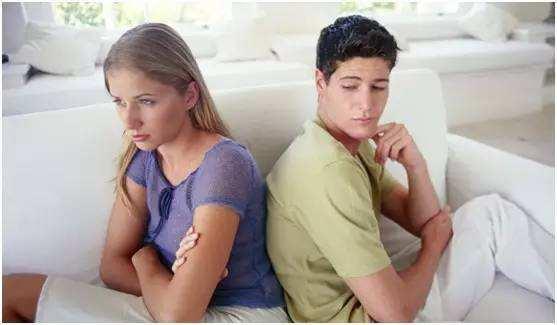 你都二婚了,还想要什么浪漫,现实点行不行