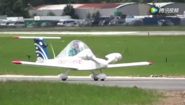 【限行之后你可以买一架世界上最小的私人飞机】一架由法国设计师设计的优秀超...