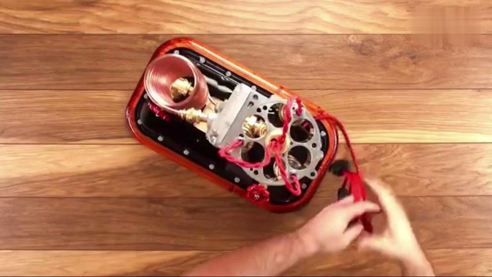 用发动机油底壳DIY一个漂亮的灯  
