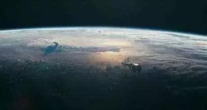 地球已经暴露,外星人正在监控地球