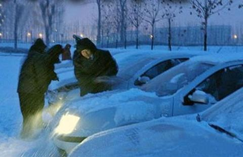 在冬天汽车启动困难,请不要一直打火启动
