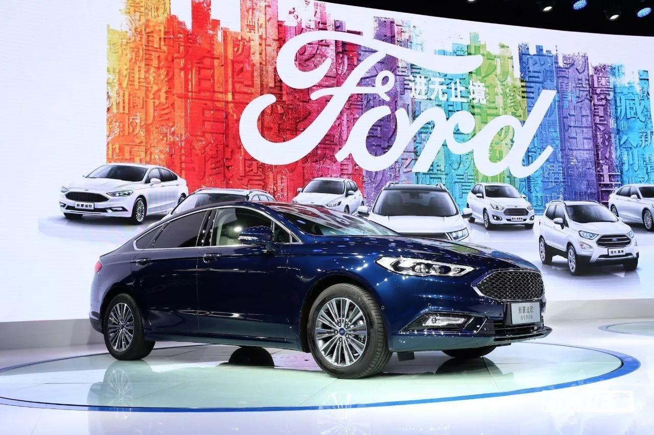 还买什么汽油车,福特新蒙迪欧插电混动版百公里油耗仅2升