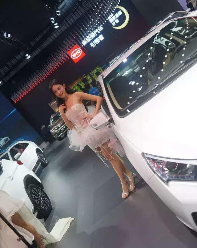 未来的汽车生活是什么样?广州车展黑科技展示!