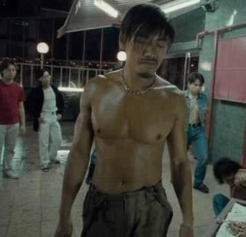 《古惑仔》乌鸦哥宣布出柜,网友:他能吃饱饭了