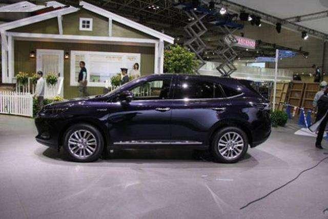 丰田再推七座高颜值7座SUV,18万起给传祺GS8敲警钟