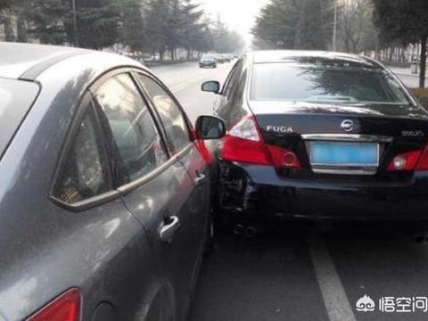 如何精准判断所驾<em>车辆</em>与右侧<em>车辆</em>的距离?