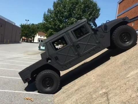 几何美学的极致,Humvee近90°<em>接近</em><em>角</em>