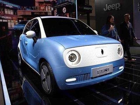 续航350km 售价不足10万 长城旗下新能源车型欧拉r1内饰首发图片