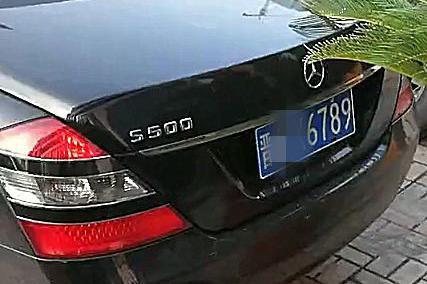 太原偶遇171万奔驰S级,车牌不是连号,但数字颇有意思!