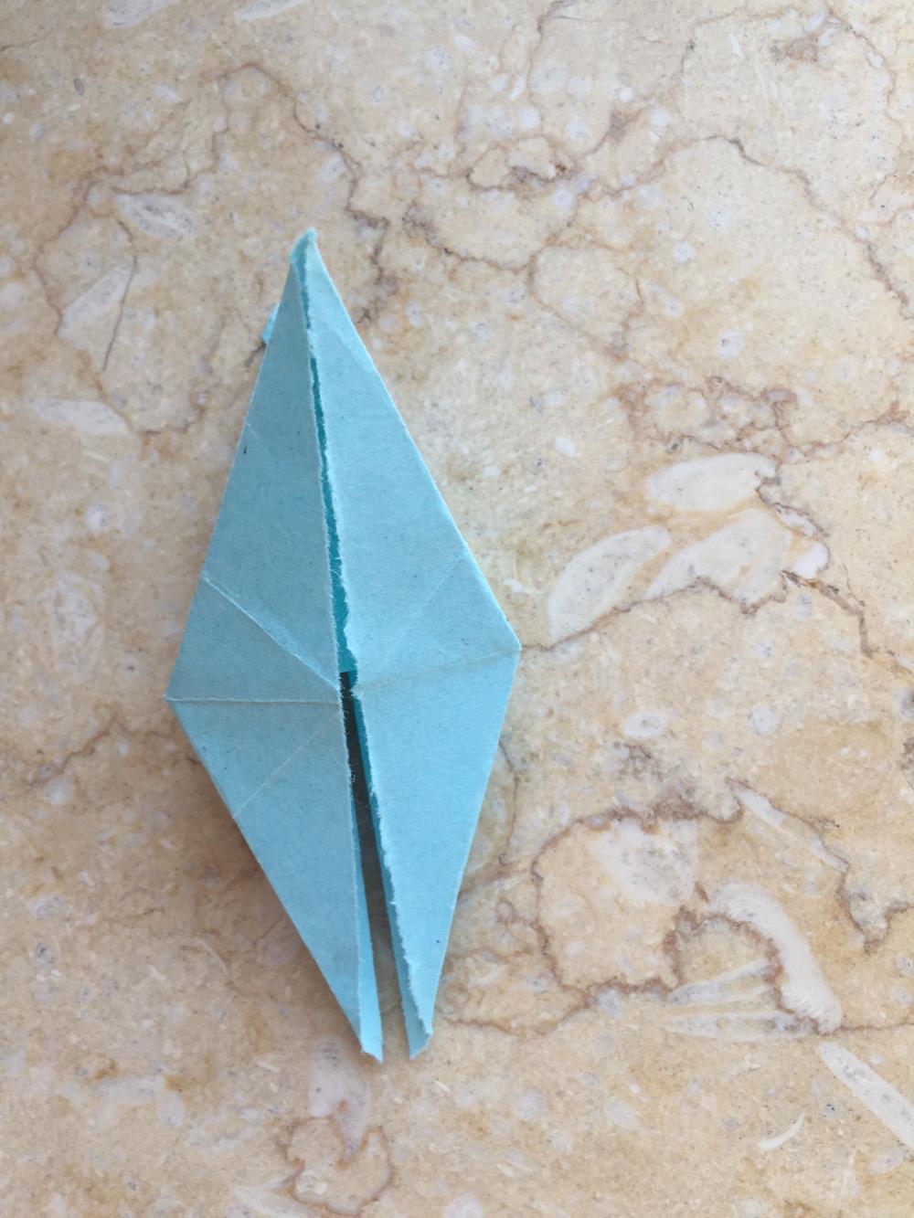 趣味手工蜻蜓折纸的详细制作方法步骤