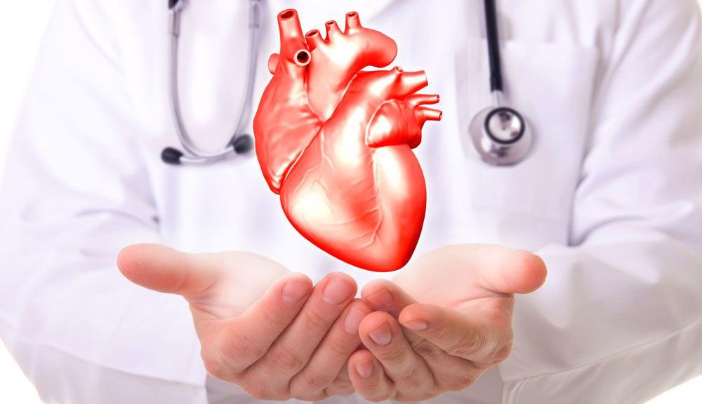 男子工地心脏骤停 医生奋力挽回生命