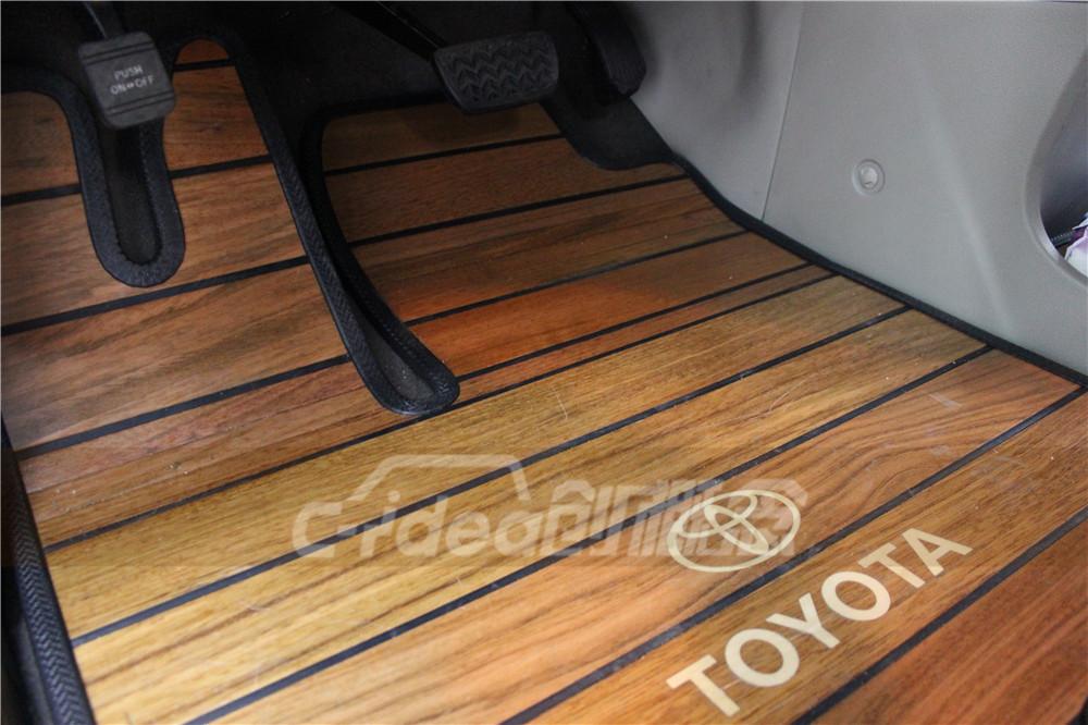 丰田塞纳改装案例,内饰加装航空座椅和木地板!